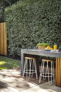 Outdoor entertainment area design sydney