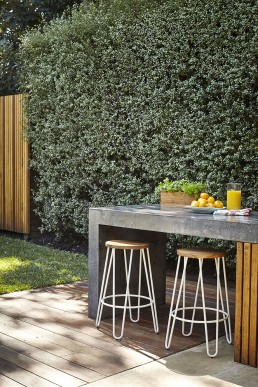 Outdoor entertainment area design sydney